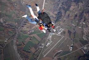 2 à 200 Km/h au dessus de l'aérodrome de Tallard